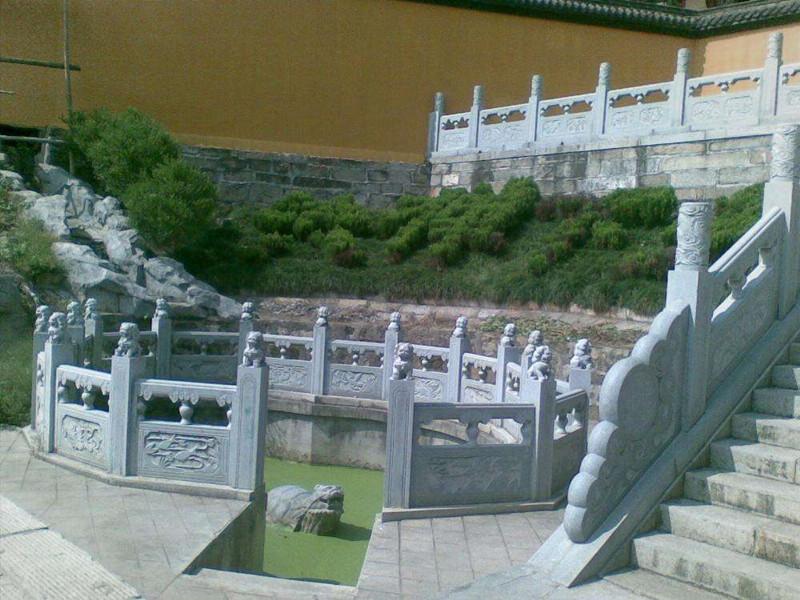 石雕橋欄桿